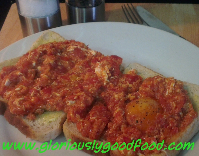 Tomato Fried Eggs | Eggs poached in Tomatoes | Eggs scrambled in Tomatoes