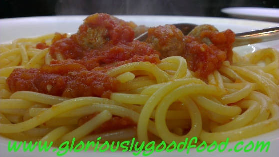 Turkey Meatballs in Tomato Sauce | Spaghetti with Meatballs