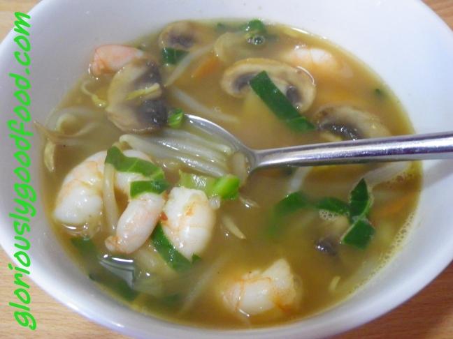 Thai Soup | Spicy Prawn Soup | Thai-Style Prawn Soup
