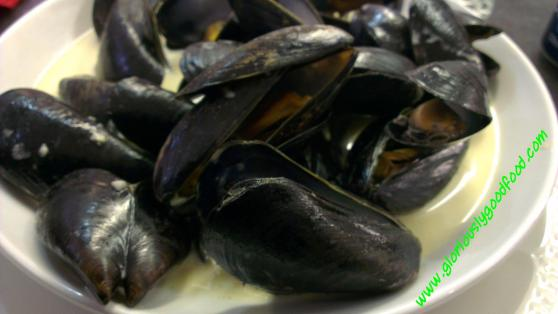 CafeMed at the Market | Doncaster Market | Moules Marinieres
