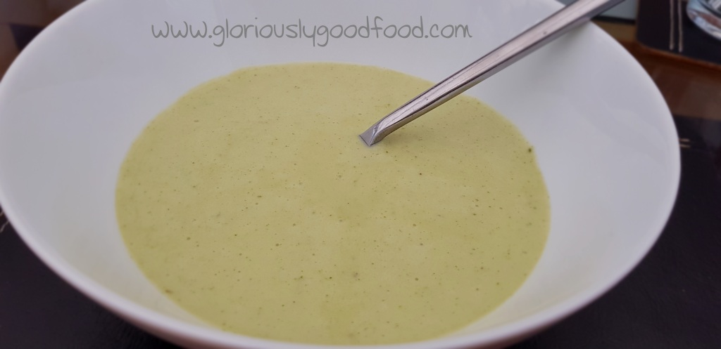 hearty broccoli and gorgonzola soup